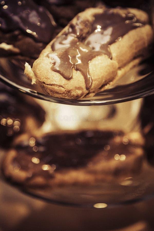 Chocolade eclair stock afbeelding