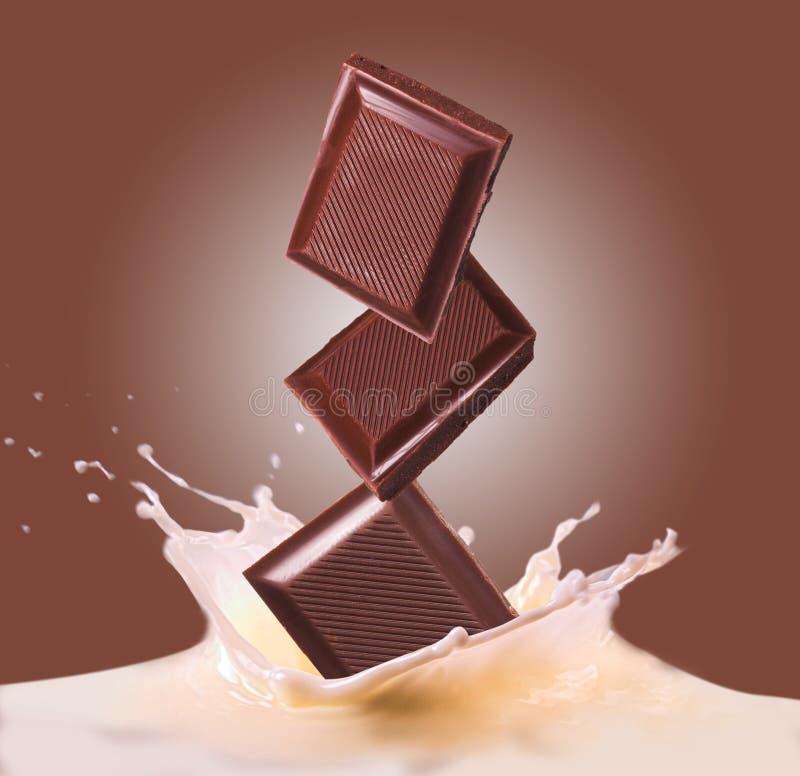 Chocolade en melk royalty-vrije stock afbeeldingen