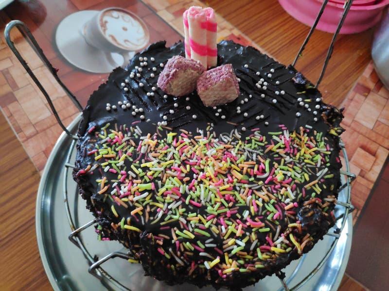 Chocolade ganache cake royalty-vrije stock afbeelding