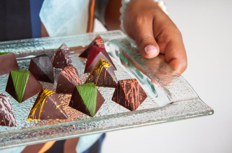 Chocolade gevormde pralines stock foto's