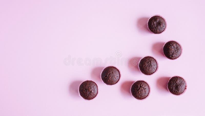 Chocolade minicupcakes stock afbeelding
