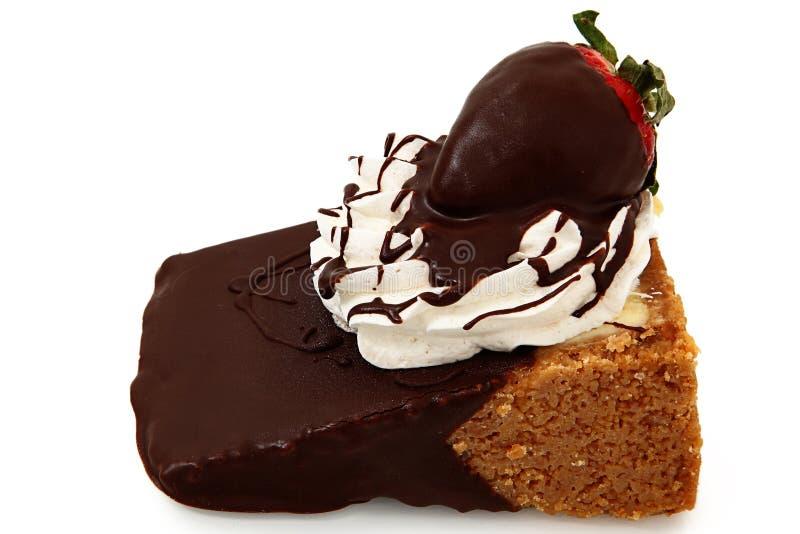 Chocolade Ondergedompelde Kaastaart en Aardbei royalty-vrije stock afbeelding