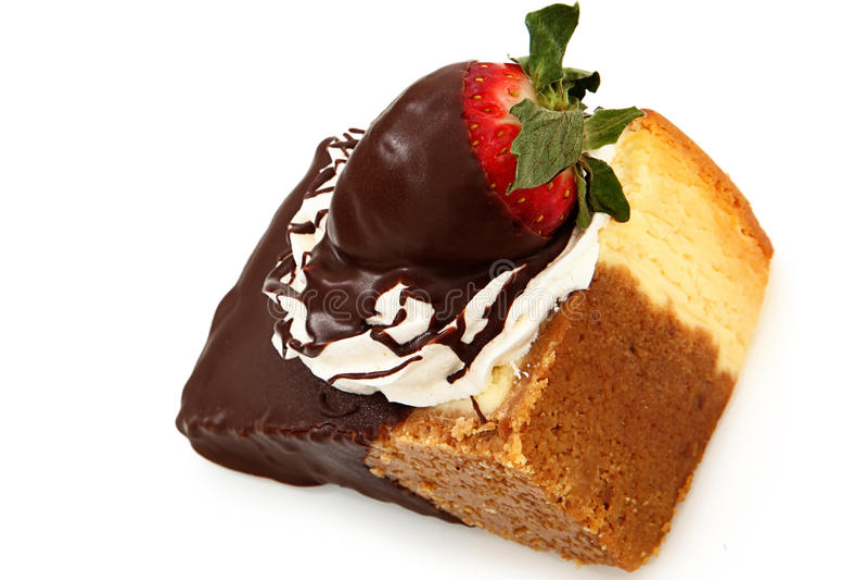 Chocolade Ondergedompelde Kaastaart en Aardbei stock foto