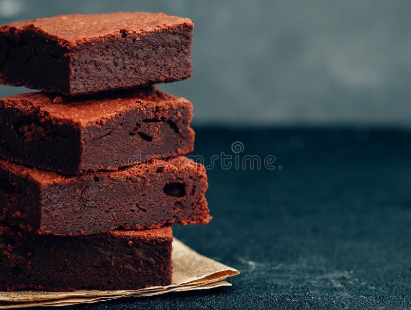 Chocoladebrownie De toren van de chocoladebrownie stock fotografie