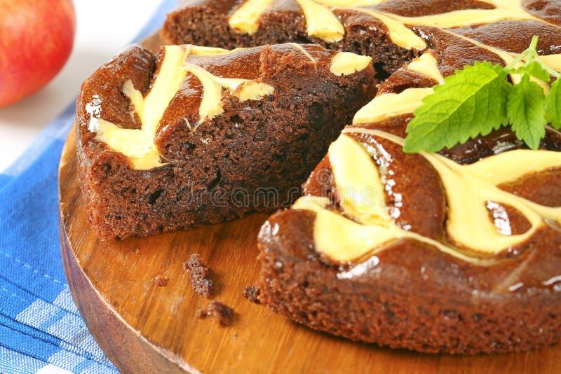 Chocoladecake met kaas stock afbeeldingen