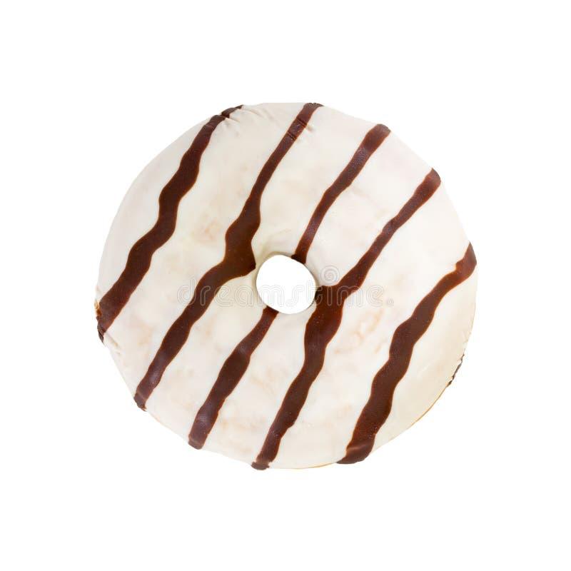 Chocoladedoughnut op witte achtergrond wordt geïsoleerd die stock foto