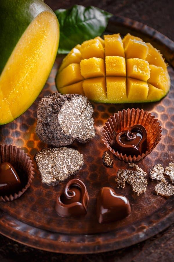 Chocoladepraline stock afbeelding