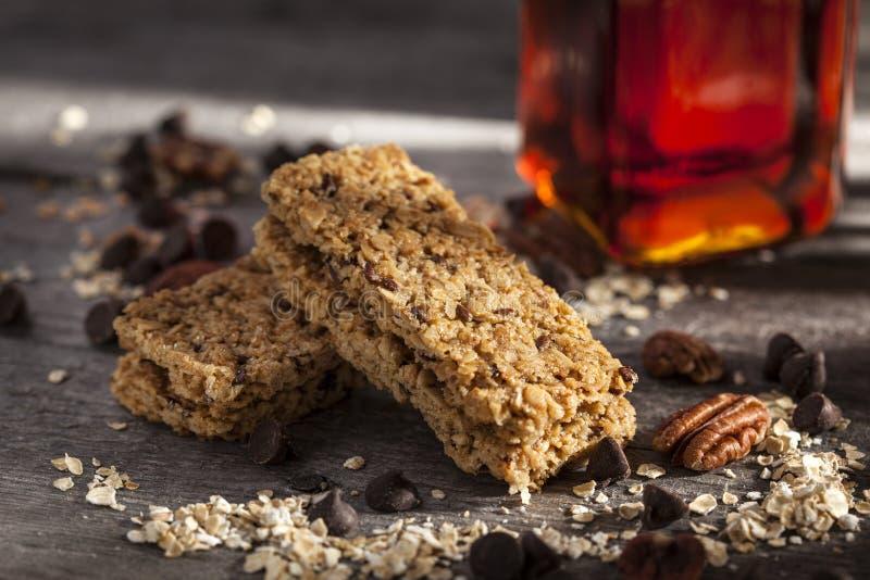 Chocolat, barre de granola nuts, images libres de droits