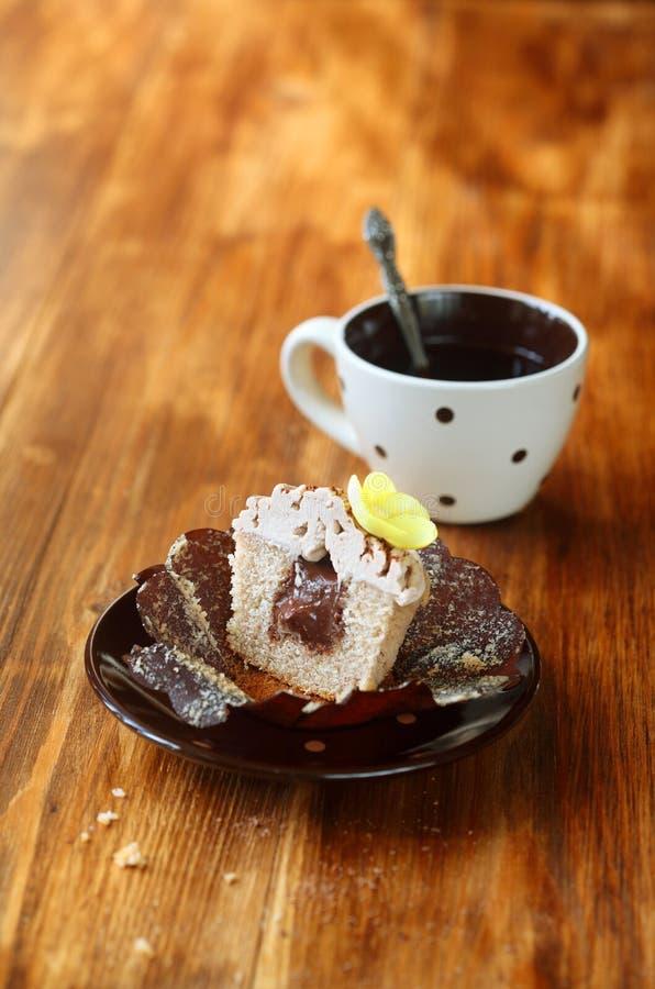Chocolat Mont Blanc Cupcake de châtaigne photo stock