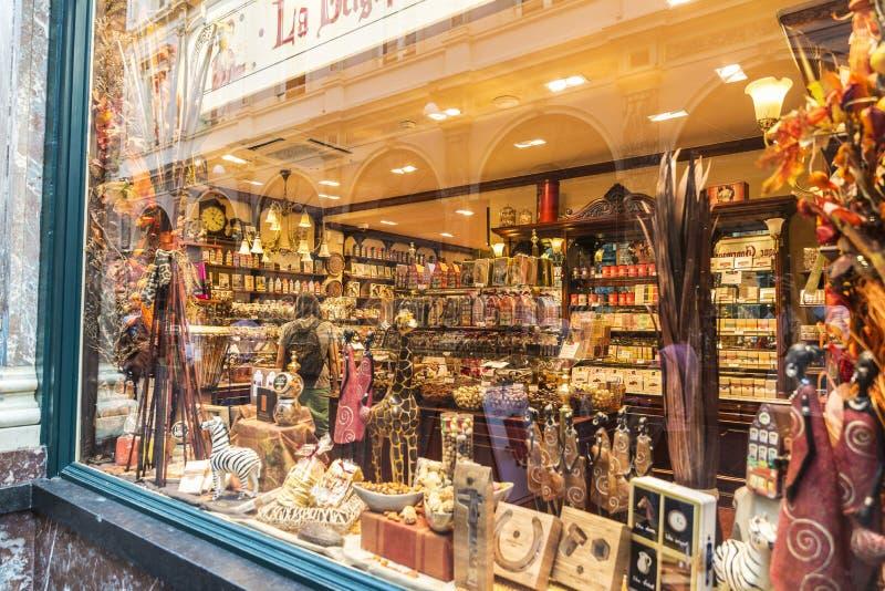 Chocolate belga em uma loja de doces em Bruxelas, Bélgica fotos de stock royalty free
