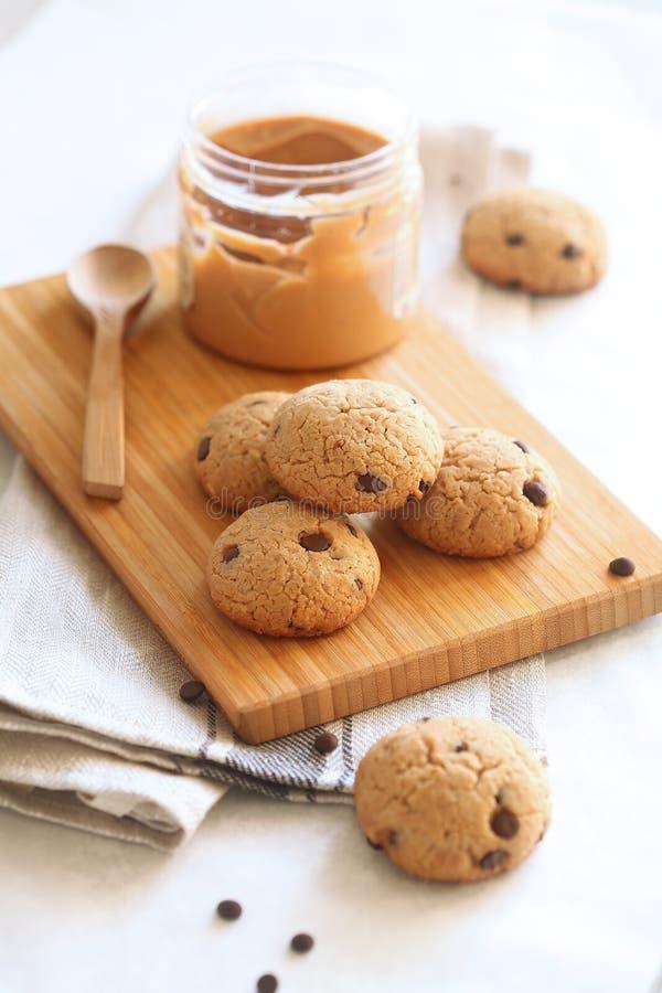 Chocolate Chip Cookies de la mantequilla de cacahuete imágenes de archivo libres de regalías