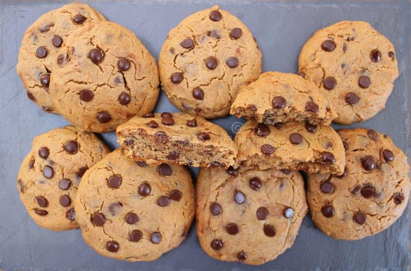 Chocolate Chip Cookies de la mantequilla de cacahuete foto de archivo