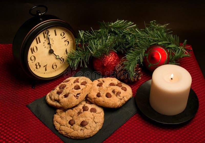 Chocolate Chip Cookies para el día de fiesta de la Navidad fotos de archivo