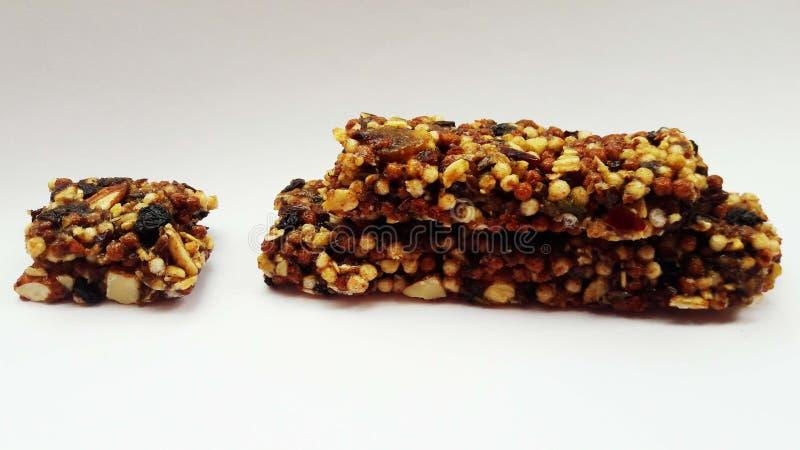 chocolate con las frutas secas fotografía de archivo libre de regalías