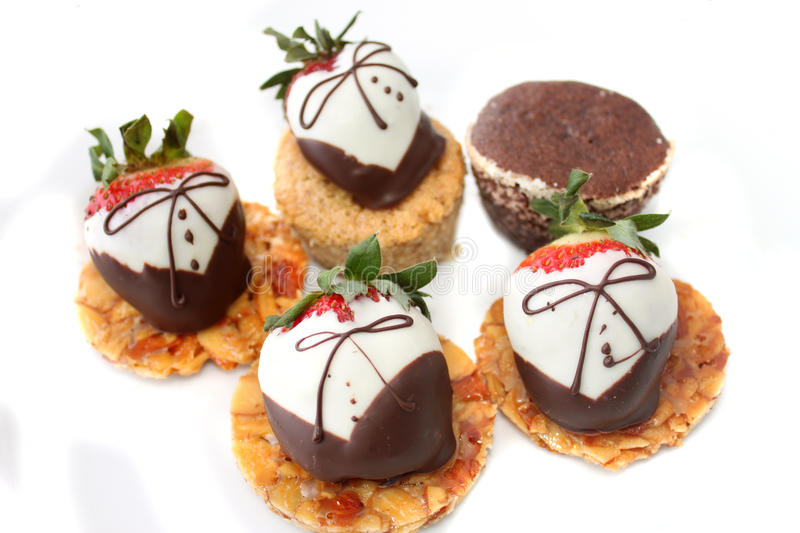 Chocolate covered strawberries royalty free stock photos