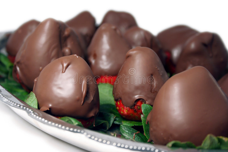 Chocolate-dipped strawberries royalty free stock photos