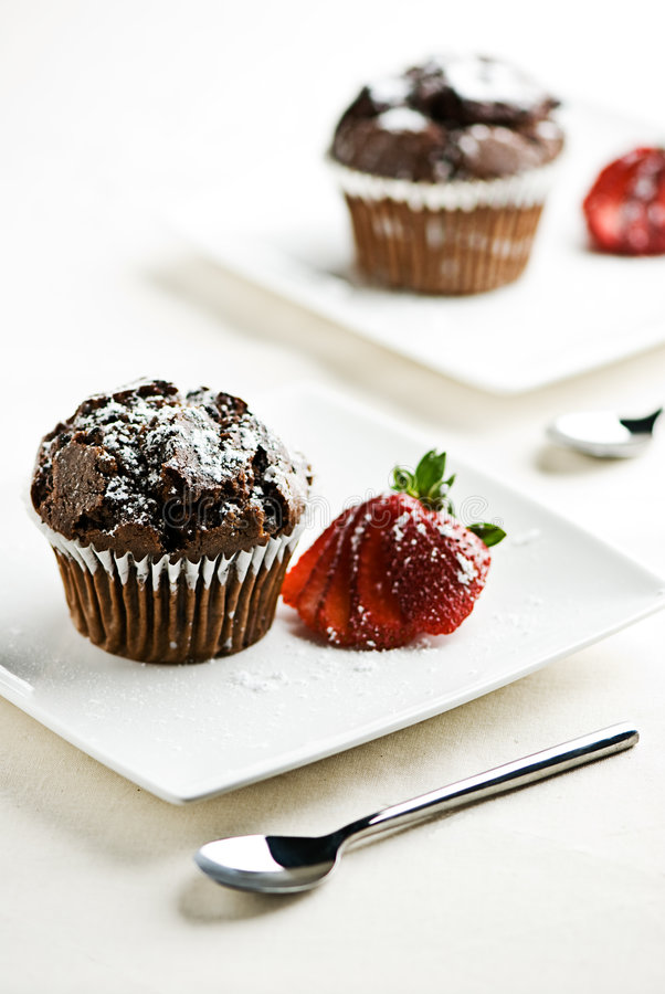 Free Chocolate Muffins With Strawberries Royalty Free Stock Photo - 7671705