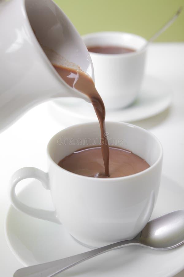 Chocolate quente em um copo imagem de stock royalty free