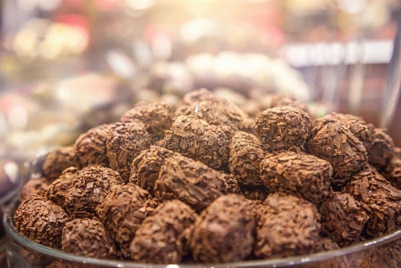 Download Chocolates imagen de archivo. Imagen de fondos, rectángulo - 100529579