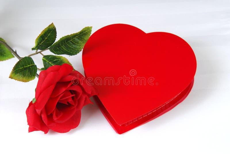 Chocolates do dia do Valentim imagem de stock royalty free