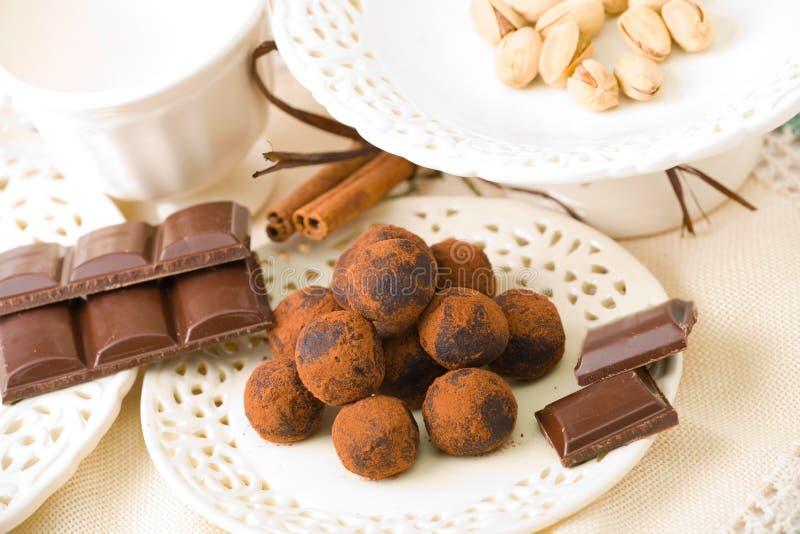 Chocolates hechos a mano imágenes de archivo libres de regalías