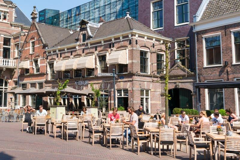 Chodniczek kawiarnia w Haarlem, holandie obrazy royalty free