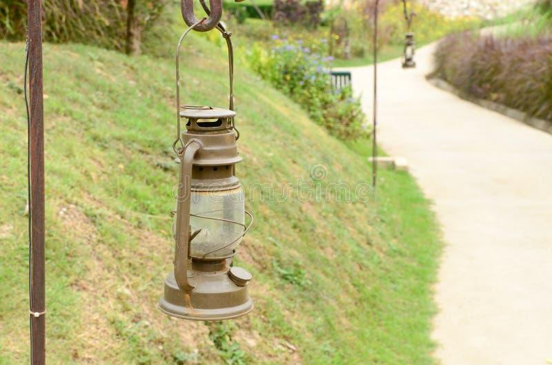 Chodniczek Ogrodowa lampa zdjęcia royalty free