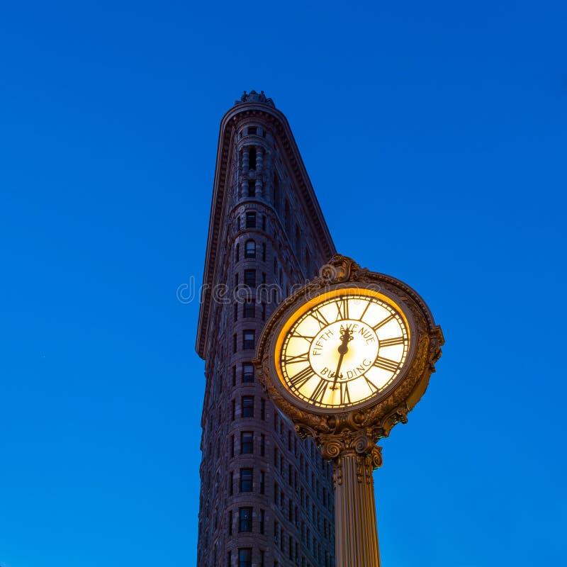 Chodniczka zegar przy fifth avenue fotografia stock