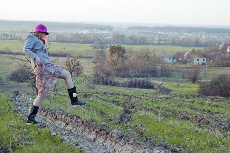 Chodząca dziewczyna zdjęcia royalty free