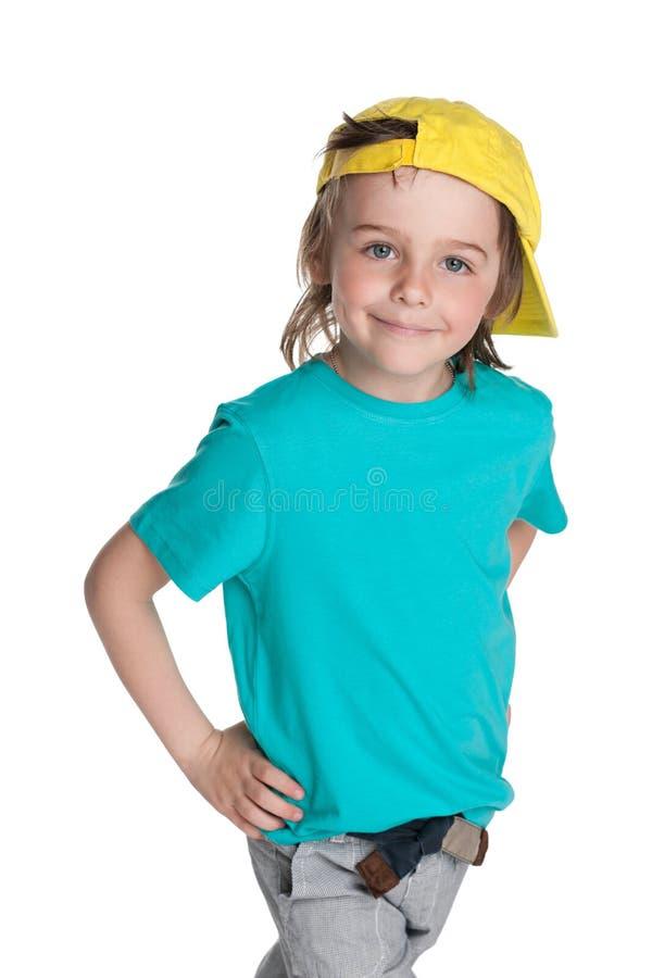 Download Chodząca mody chłopiec zdjęcie stock. Obraz złożonej z szczęście - 41951380