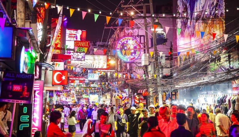 Chodząca ulica i życie nocne w Pattaya obraz stock