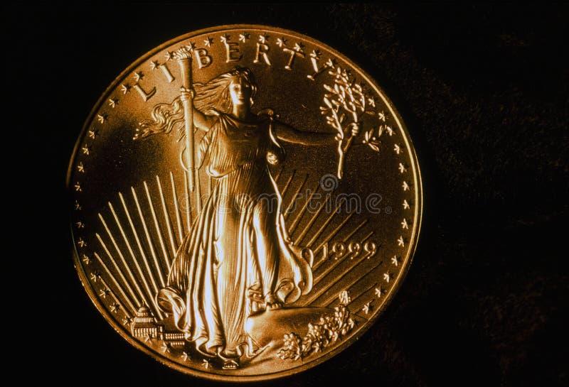 1999 Chodzącej swobody Eagle Złocistych monet zdjęcia royalty free