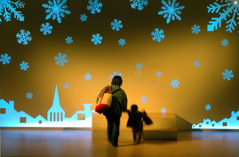 Download Chodzenie magiczny świat obraz stock. Obraz złożonej z dziecko - 44097