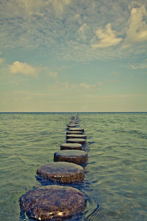 Chodzić blisko do morza bałtyckiego zdjęcie royalty free