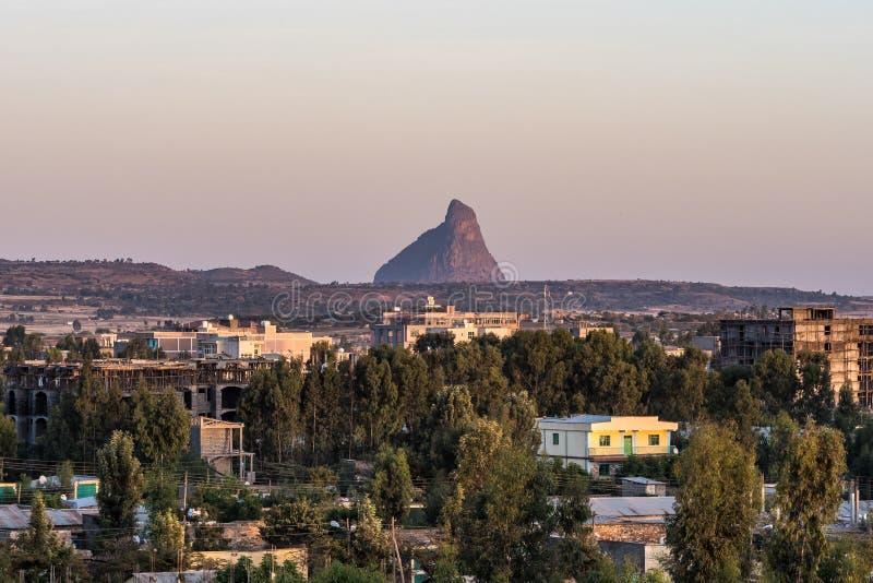 Chodzi? woko?o dziejowego miasta Axum, Etiopia - zdjęcie royalty free
