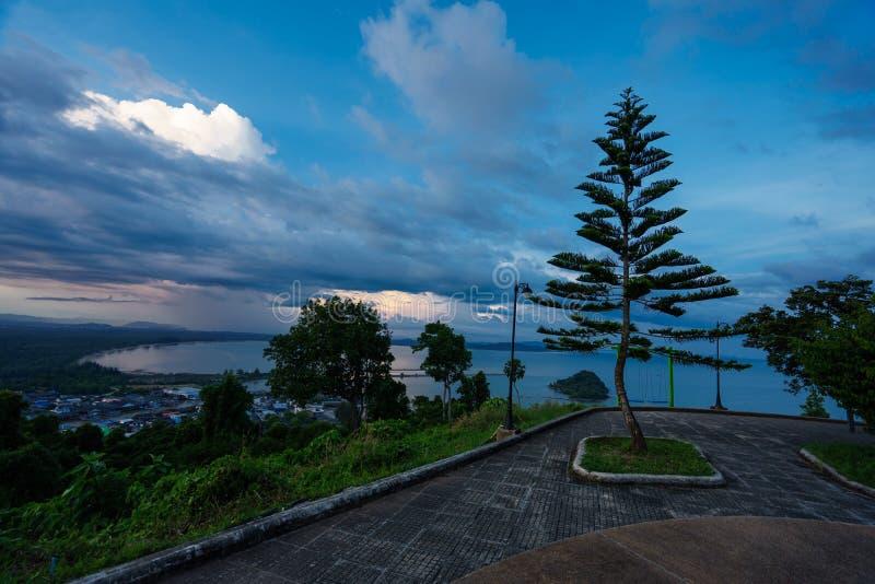 Choinka w Tajlandia przy scenicznym punktem w Chumphon obraz royalty free
