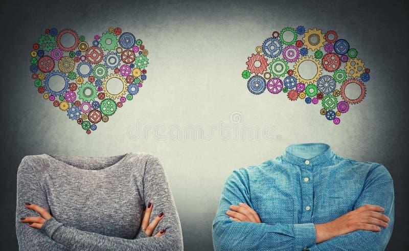 Choisissez le coeur ou l'esprit images stock