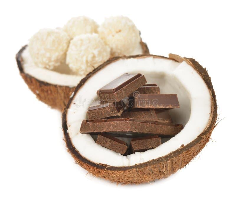 Choklad och kokosnöt royaltyfria foton