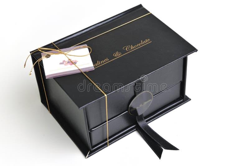 Choklad- och pralineask royaltyfria foton