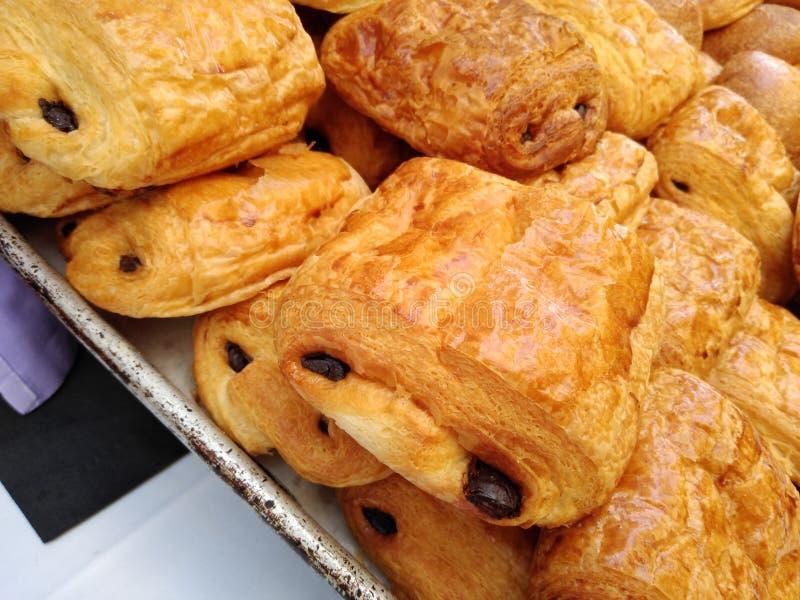 Chokladgifflet, smärtar Au Chocolat, fransk bakelse, traditionell mat av Frankrike royaltyfri bild
