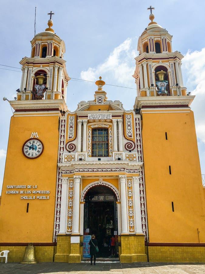 Cholula, Мексика - 31-ое октября 2018 Церковь исторического города San Pedro Cholula стоковые фото