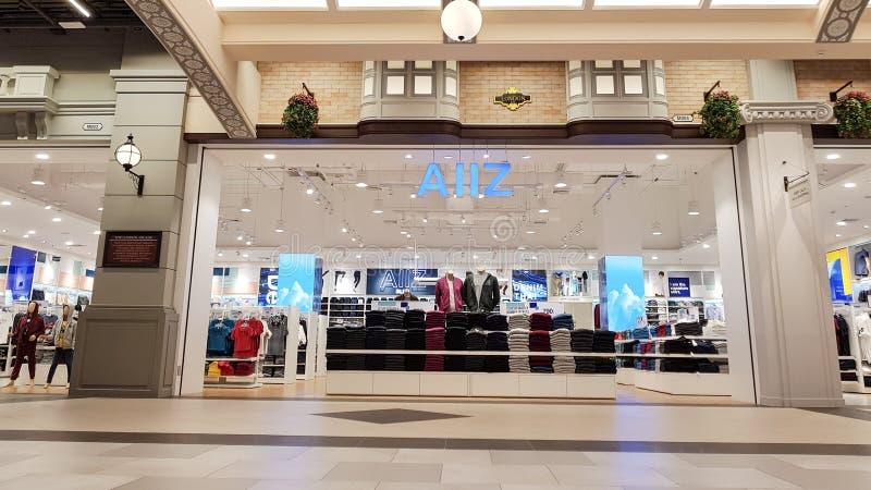 Chon Buri Thailand - December 21, 2018: Den yttre sikten av AIIZ shoppar royaltyfria foton