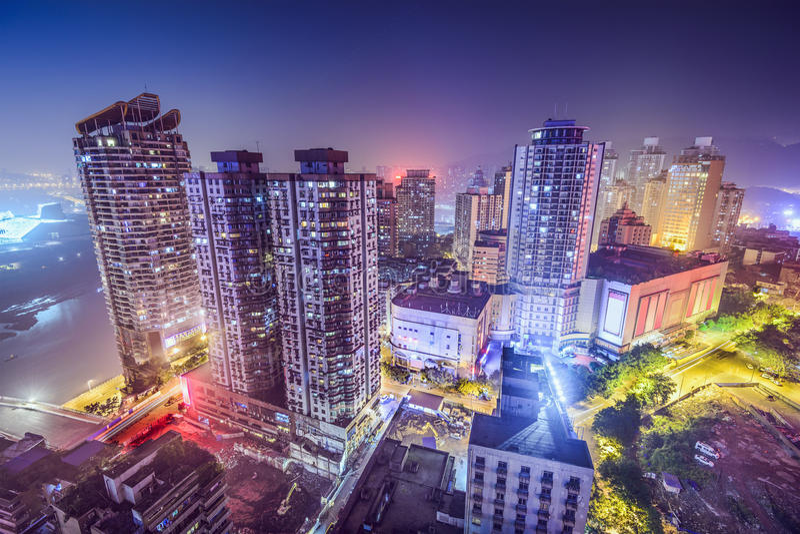Chongqing, εικονική παράσταση πόλης της Κίνας τη νύχτα στοκ φωτογραφίες