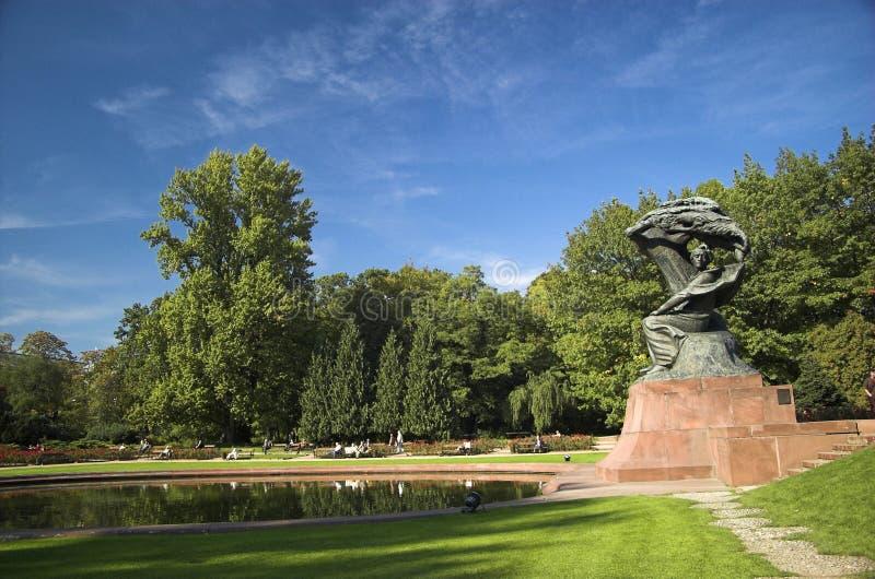 Chopin-Denkmal stockfotos