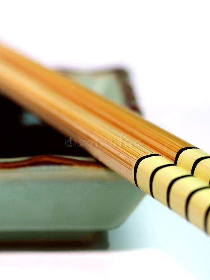Chopsticks e molho da soja fotografia de stock