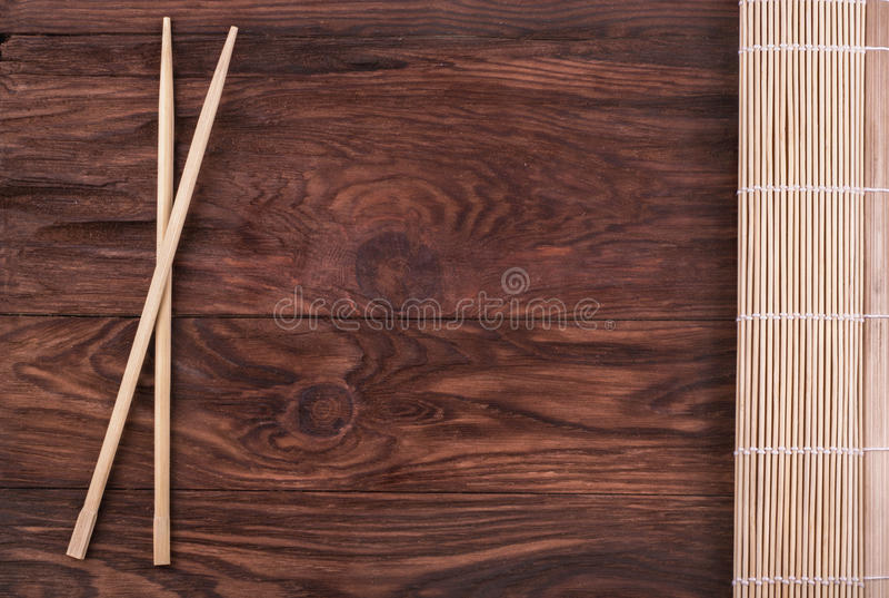 Chopsticks i bambusowa pielucha obrazy royalty free
