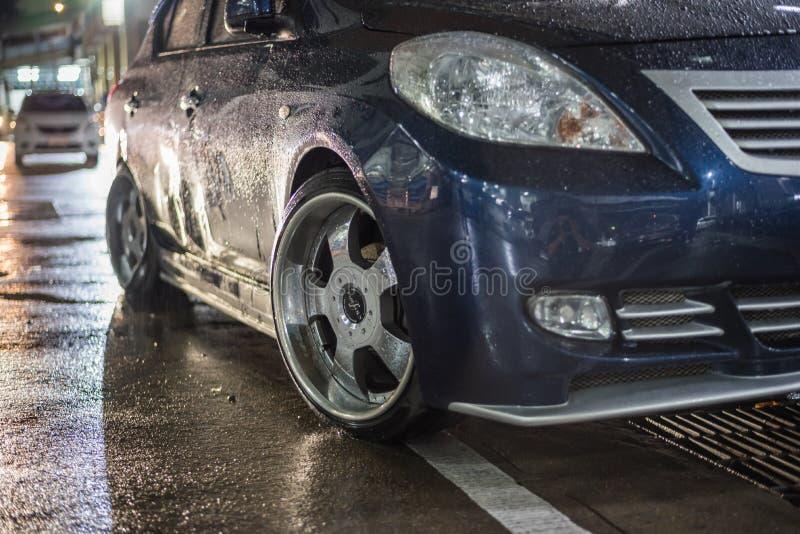 Choque de coche del accidente de tráfico en el camino fotografía de archivo