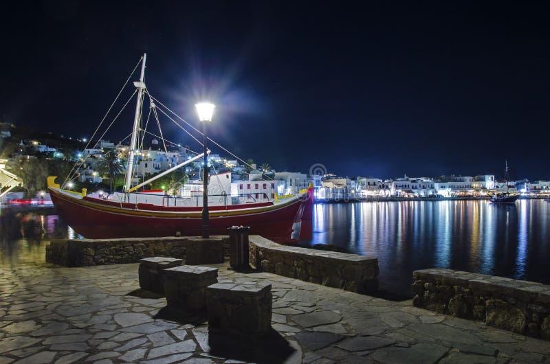 Chora к ноча, Mykonos, Греция стоковые изображения rf