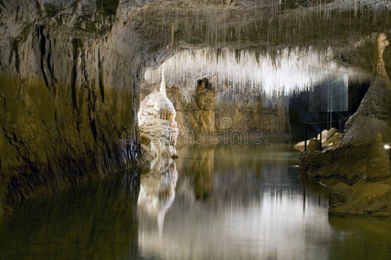 Choranches Höhlen nah an Grenoble. Frankreich lizenzfreies stockfoto
