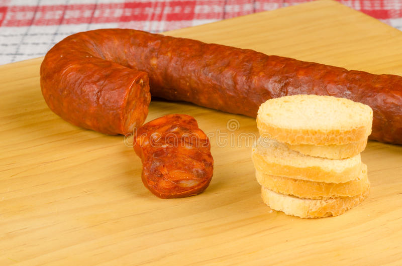 Download Chorizo tapa stock afbeelding. Afbeelding bestaande uit horizontaal - 39114783